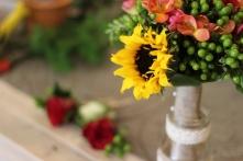 Bottoniere nello sfondo e Bouquet